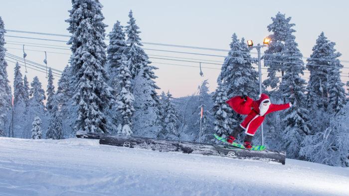 Lasketteleva joulupukki